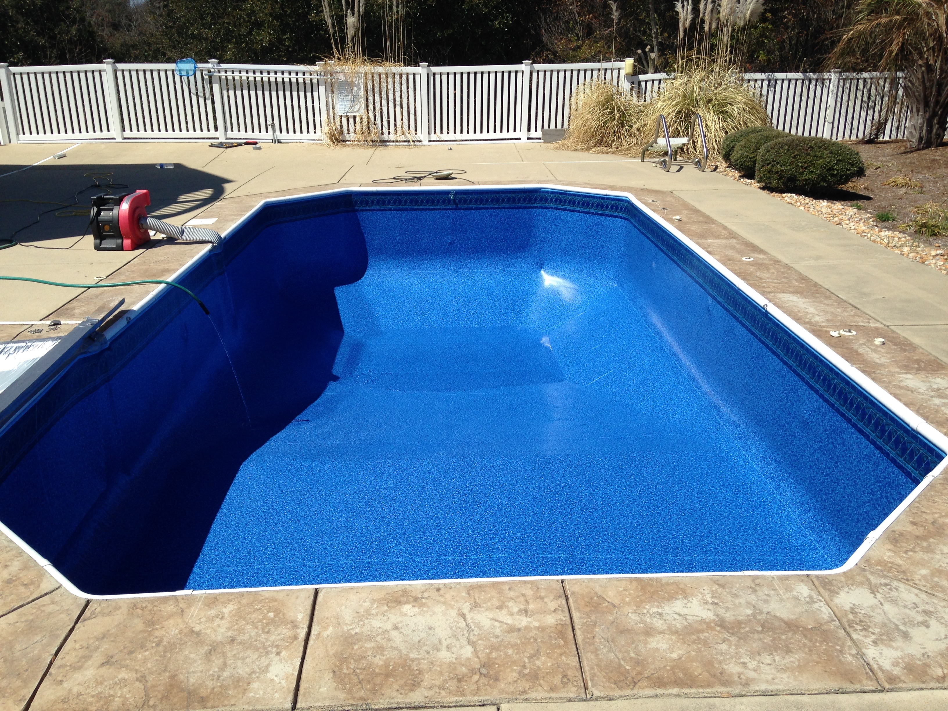 Inground swimming pool liners reviews round designs for Inground swimming pool liners